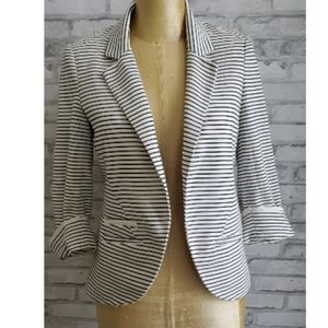 Willow & Clay black and white blazer sz S